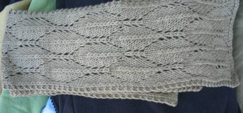 Long Leaf Scarf