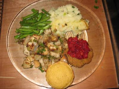 Thanksgiving_dinner_2