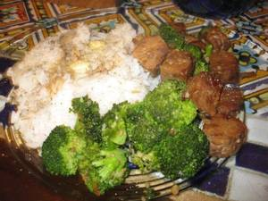 Tempeh_and_broccoli